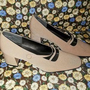 NWOT Madeline Stuart Shoes